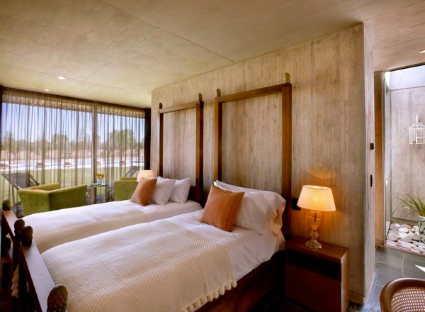 Superior-Double-or-Twin-Room---Reserva---Twin-1-5b8ea41098ac4